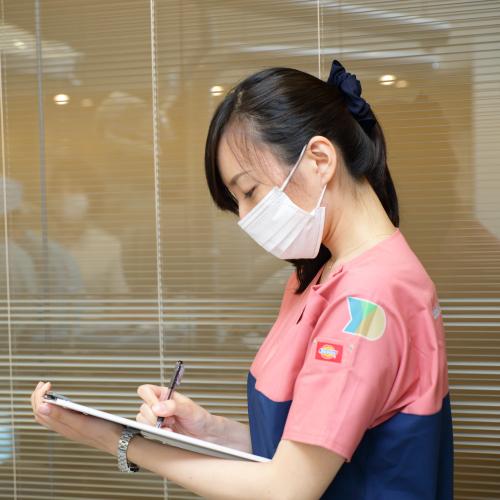 横浜のインプラント専門医